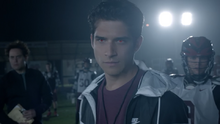 Tyler-Posey-Scott-wolf-eyes-Teen-Wolf-Season-6-Episode-11-Said-the-Spider-to-the-Fly