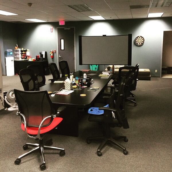 Teen Wolf Season 5 Behind the Scenes empty writers room 052715
