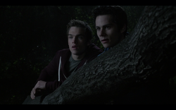 Teen Wolf Season05 Episode02 Parasomnia Liam and Stiles following Theo
