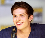 Daniel Sharman Hauptdarsteller