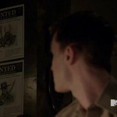 Parrish avec les affiche des Onis