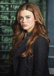 Lydia Martin Full - Season 4