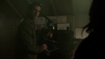 Tyler-Posey-Scott-bunker-Teen-Wolf-Season-6-Episode-12-Raw-Talent