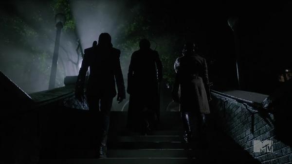 Teen wolf season 5 tease Doctors stairs