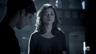 Teen Wolf Season 3 Episode 3 Fireflies Crystal Reed Allison Argent learns the truth about her mom