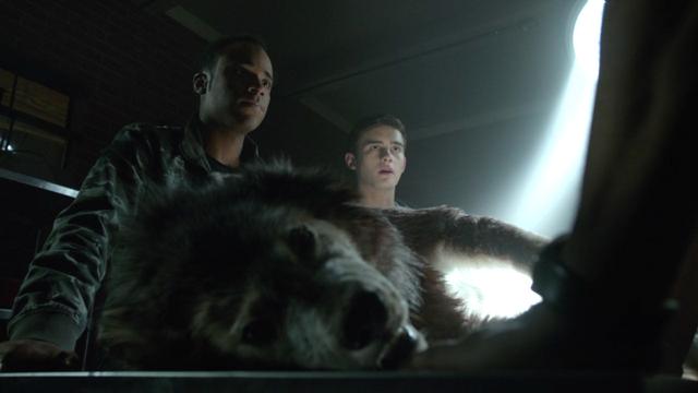 File:Khylin-Rhambo-Michael-Johnston-Mason-Corey-dead-wolf-Teen-Wolf-Season-6-Episode-15-Pressure-Test.png