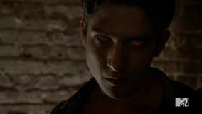 Teen Wolf Season 4 Episode 401 The Dark Moon Scott in the Club