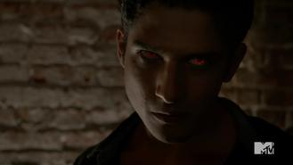 Teen Wolf Season 4 Episode 401 The Dark Moon Scott in the Club