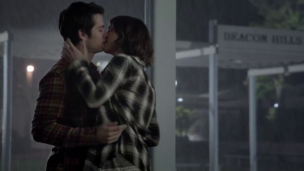 Teen wolf news Stiles and Malia Kiss