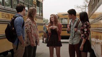 4x04-00479 - Stiles, Malia, Lydia, Scott, Kira
