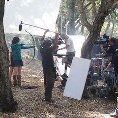 Allison apprend à Lydia a tiré à l'arc?