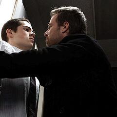 Chris Argent interroge Stiles et Jackson