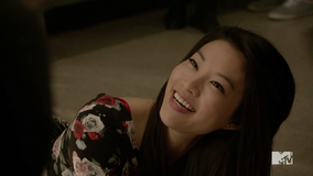 Teen Wolf Season 4 Episode 4 The Benefactor Kira falls down