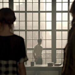 Lydia et Alisson allant voir Peter
