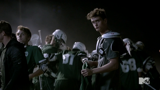 Teen Wolf Season 4 Episode 5 IED Devenford Prep Brett