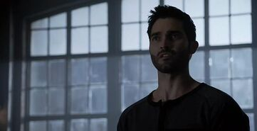 Teen-Wolf-Season-3-Episode-24-The-Divine-Move-Derek