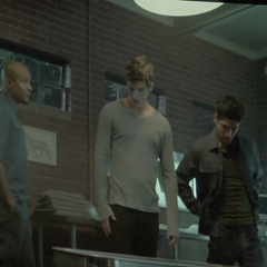 Teen Wolf Behind the Scenes Animal Clinic Monitor Seth Gilliam Daniel Sharman Tyler Posey Tyler Hoechlin