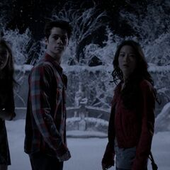 Scott, Kira, Stiles et Lydia dans l'illusion
