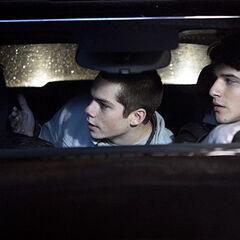 Scott et Stiles vont l'aider