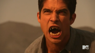 Teen Wolf Season 5 Episode 13 Codominance Scotts alpha eyes and fangs