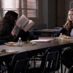 Allison raconte l'histoire de sa famille à Lydia