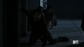 Teen Wolf Season 4 Episode 9 Perishable Scott Malia and Liam are saved