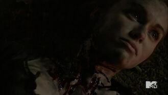 Teen Wolf Season 5 Episode 19 The Beast of Beacon Hills Lydia dead