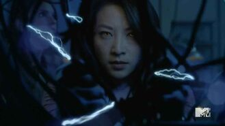 Teen-Wolf-Season-5-Episode-15-Amplification-Kira-hits-the-power
