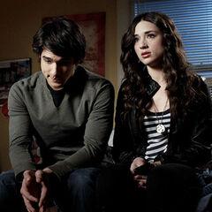 Scott et Allison discutent des récents événements