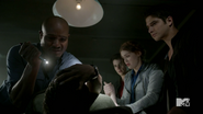 Teen Wolf Season 4 Episode 2 117 Deaton examines Derek