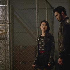 Kira et Derek à la centrale électrique