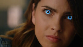 Shelley-Hennig-Malia-blue-eyes-Teen-Wolf-Season-6-Episode-3-Sundowning