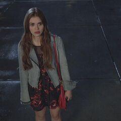 Lydia sent que la nuit va être longue