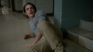 Dylan-Sprayberry-Liam-crawling-Teen-Wolf-Season-6-Episode-14-Face-to-Faceless