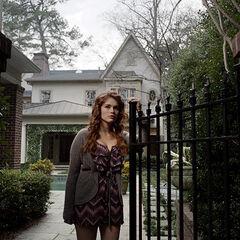 Lydia va à la recherche de son