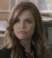 1x02 Lydia and Scott