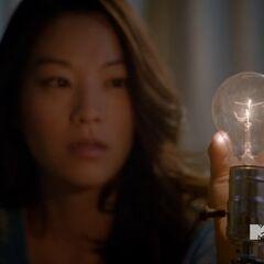 Kira utilisant son pouvoir