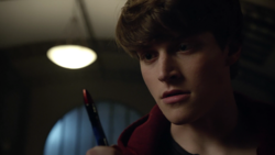 Froy-Gutierrez-Nolan-bloody-pen-Teen-Wolf-Season-6-Episode-13-After-Images
