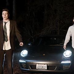 Jackson et Stiles arrivent