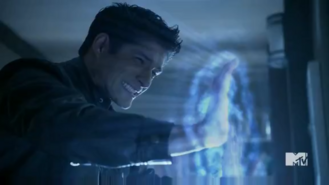 Teen Wolf Season 5 Episode 10 Status Asthmaticus Scott attempting to break barrier