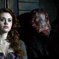 Lydia est son hallucination