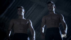 Teen Wolf Season 3 Episode 5 Frayed Charlie Carver Max Carver The Alpha Twins arrive