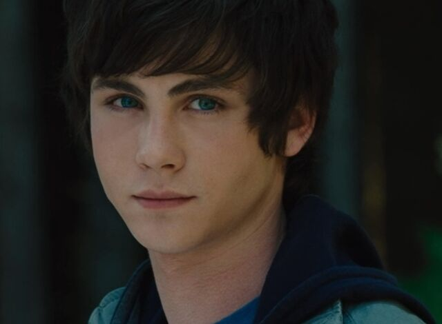 File:Percy-Jackson-and-the-Olympians-The-Lightning-Thief-starring-Logan-Lerman-33.jpg