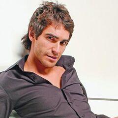 Pedro Marinovic en Disparejas (TVN, 2006)