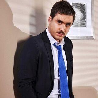 Mariano Rivas en Socias (TVN, 2013)
