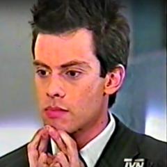 Raul Brito Pinillas en Puertas Adentro (TVN, 2003)