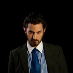 Gustavo Echaurren. en Cumpleaños (TVN, 2009)