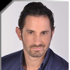 Max Carvajal en Solamente Julia (TVN, 2013)