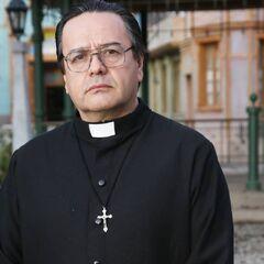 Padre Esteban en <i><a href=