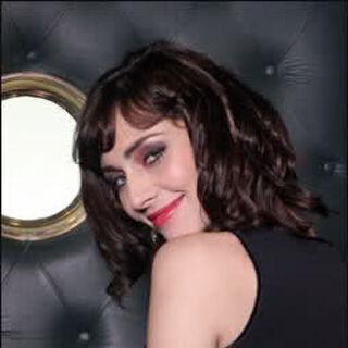 Luciana Cuadra en Primera Dama (Canal 13, 2010)